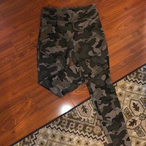 Mossimo camouflage leggings